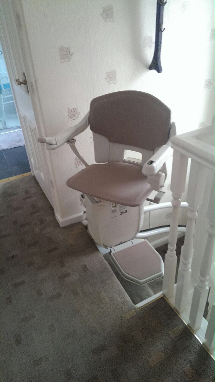 Great British Stairlifts Stannah 260 Curved Stairlift